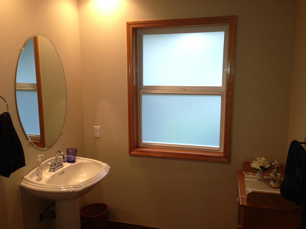 Window tinting on bathroom window